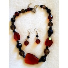 Jewellery - Black and Brown Necklace and Earring Set