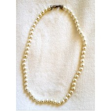 Jewellery – Pearl Necklace